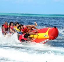 bananaboat_maldives-1024x768